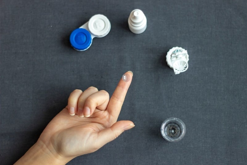 Contact Lens and lens kit